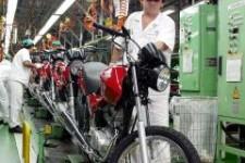 Indicadores da indústria caem no primeiro trimestre, mostra pesquisa