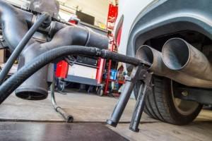 Testes feitos em carros da Volkswagen para avaliar dispositivo de emissão de gasesEPA/Patrick Pleul/Agência Lusa/Direitos Reservados