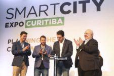 Governador do Paraná anuncia isenção de impostos para carros elétricos