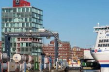 """Siemens tem mega-projecto de """"tomada eléctrica"""" para navios no Porto de Kiel"""